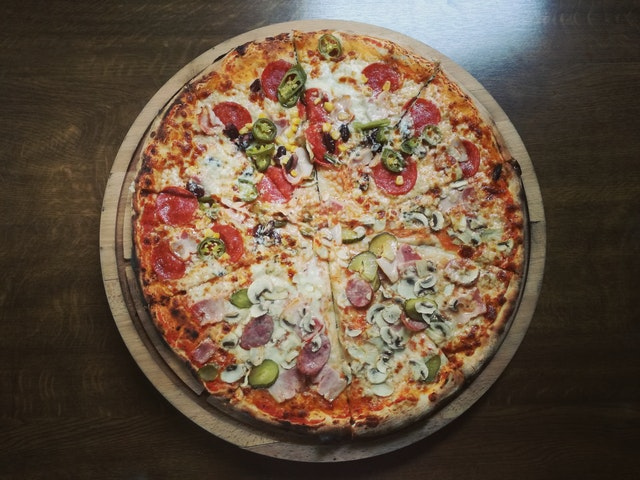EXTREMELY PROFITABLE PIZZA & WINGS BUSINESS